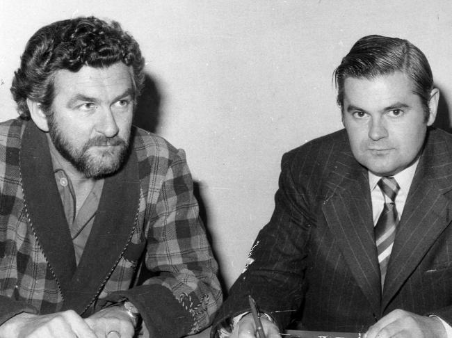 Then ACTU President Bob Hawke and Ian Sykes of XL Petroleum trying to avert oil strike chaos in 1972.