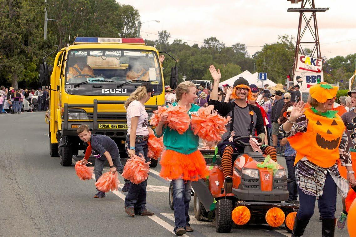 PUMPKIN FANS: Crowds gathered to see the street parade at the 2018 Goomeri Pumpkin Festival.