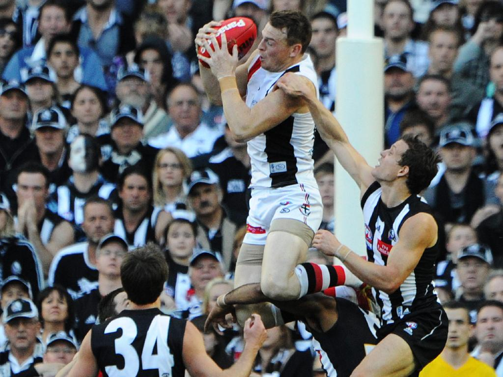 Brendon Goddard's hanger is an iconic moment in St Kilda-Collingwood history. Pic: Michael Dodge