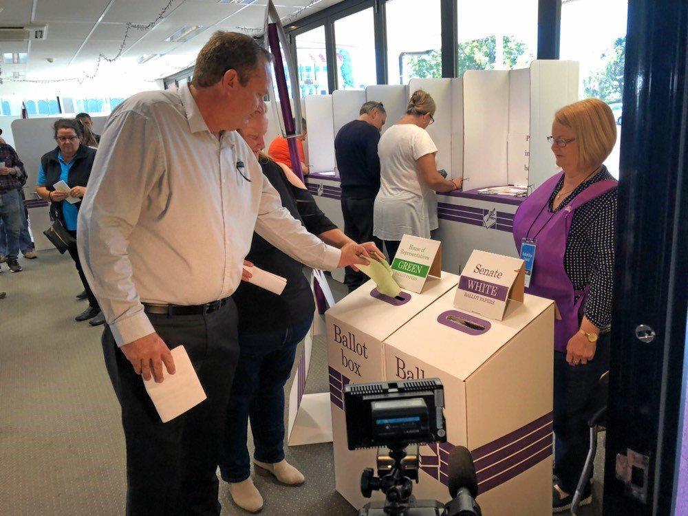 Labor candidate Patrick Deegan casts his vote at the Casino Community Centre.