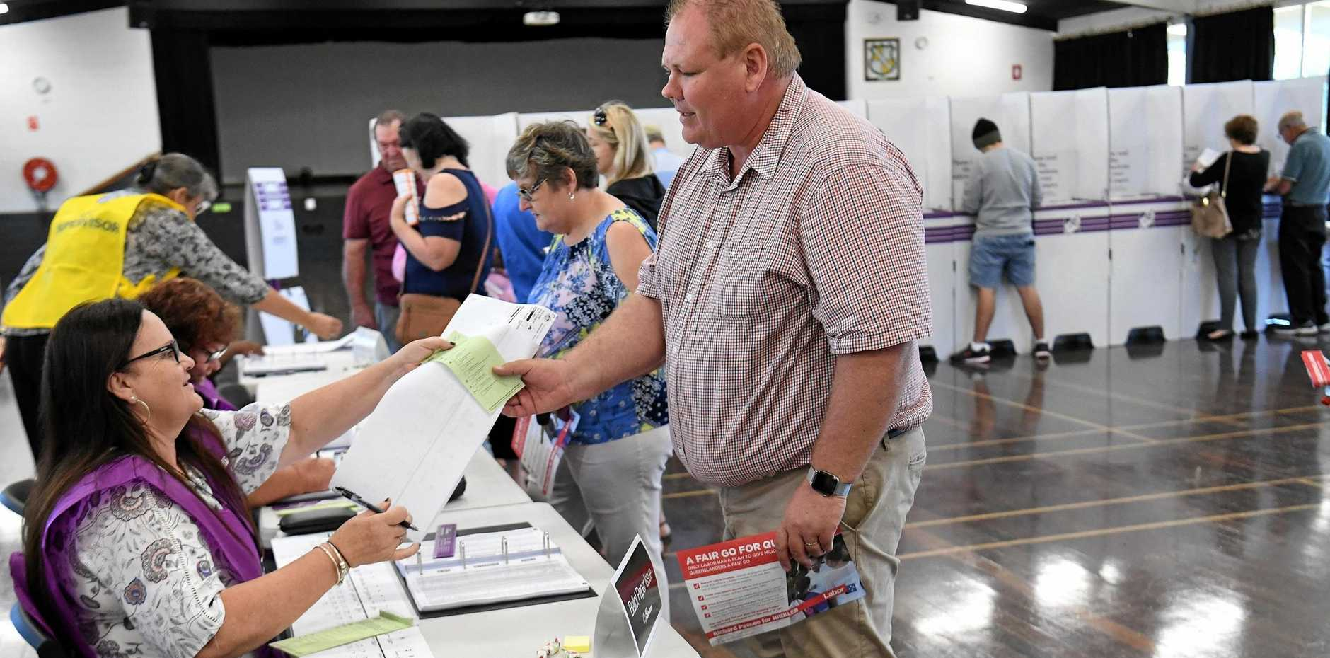 Labor candidate for Hinkler Richard Pascoe voting at Kepnock High School on Saturday.