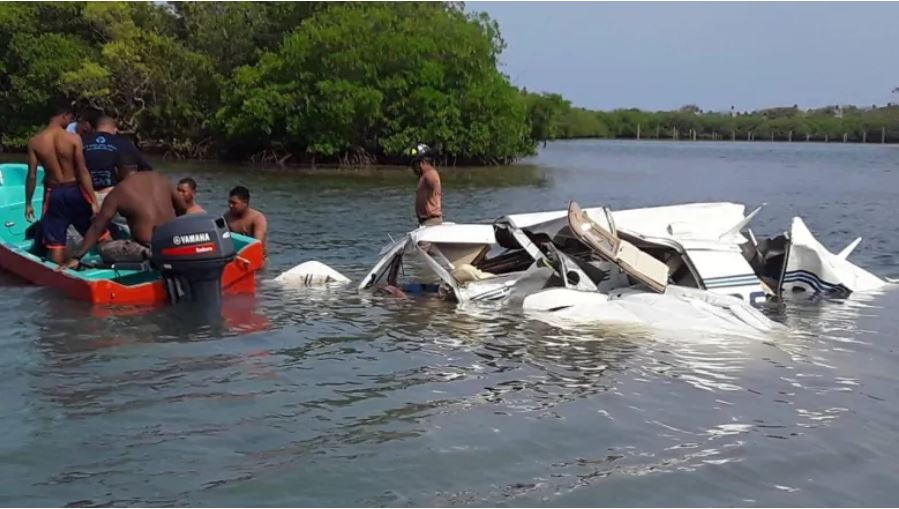 A view shows wreckage of a plane that crashed into the sea near the island of Roatán, Honduras, on May 18, 2019. (Honduras Fire Department)