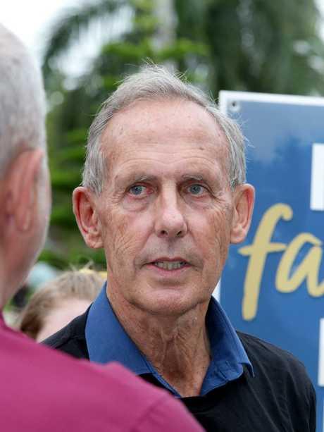 Bob Brown talks to the media, in Jubilee Park, Mackay. Picture: AAP/Steve Pohlner