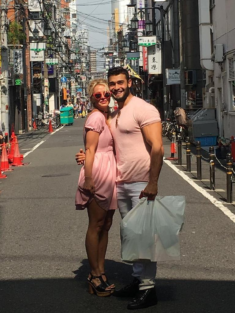 Britney and Sam couple dressing in Japan.
