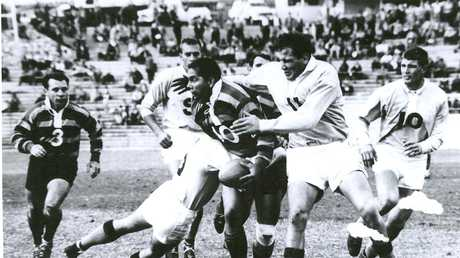 Queensland Country v South Queensland, Doug Beatie tackles Jim Paterson.