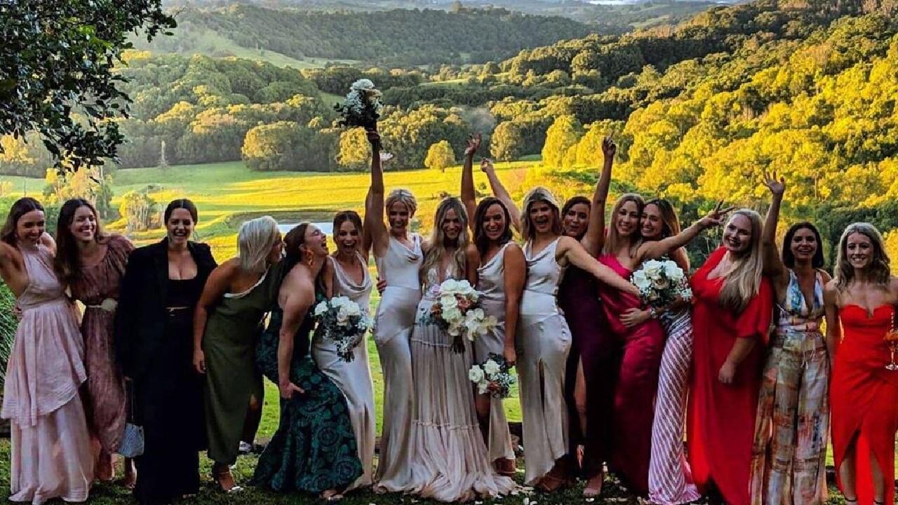The wedding took place over looking the stunning Byron Bay Hinterland. Photo: Instagram / @georgiarollin