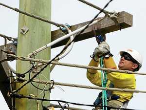 Damaged power pole forces closure of Ballina Rd