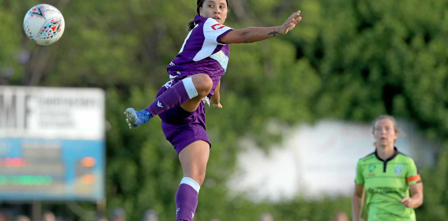 Samantha Kerr in action for Peth Glory against Canberra United early this year in Perth. Picture: Richard Wainwright/AAP