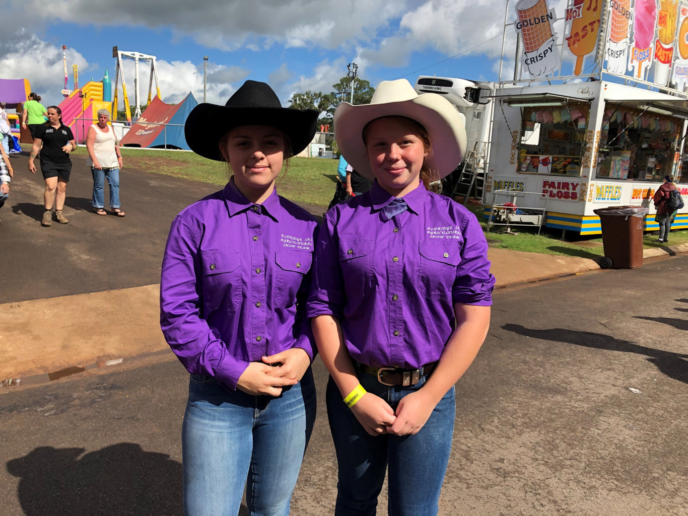 Taylor Kolibaum and Taijha Reeves from Aldridge State High School were part of of the cattle team at the show, taking part in the junior judging and handling.