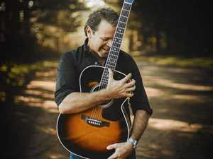 Troy Cassar-Daley: just a guitar, a man and his audience