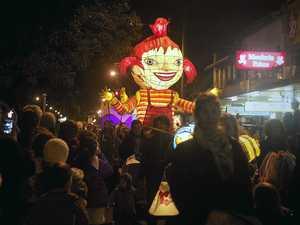 Lanterns adorn three day festival