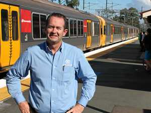 Wallace calls on State Government to 'wake up' on rail