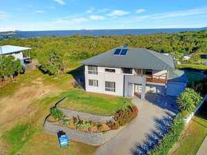 HOUSE OF THE WEEK:Prime location, views of ocean and valleys