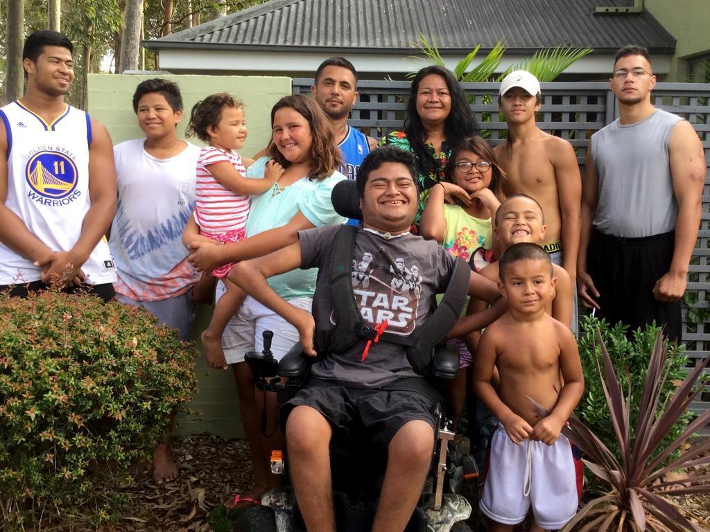 Payne Haas (far left) and family