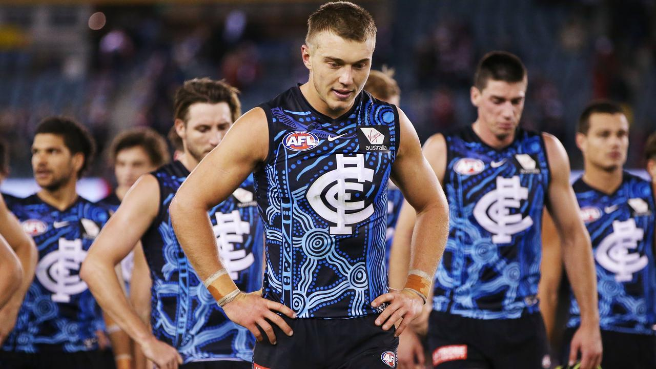 Patrick Cripps leads the Blues off the ground after another loss. Picture: Getty