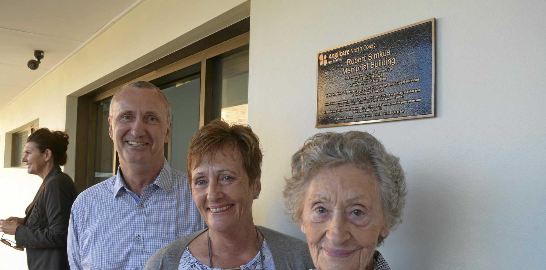 Robert Simkus's wife Merle with son Geoffrey Simkus and daughter Rose Morrow.