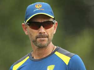 Langer won't stray from batting plan