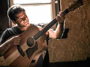 Sparkling guitar virtuoso pops in to Clarence
