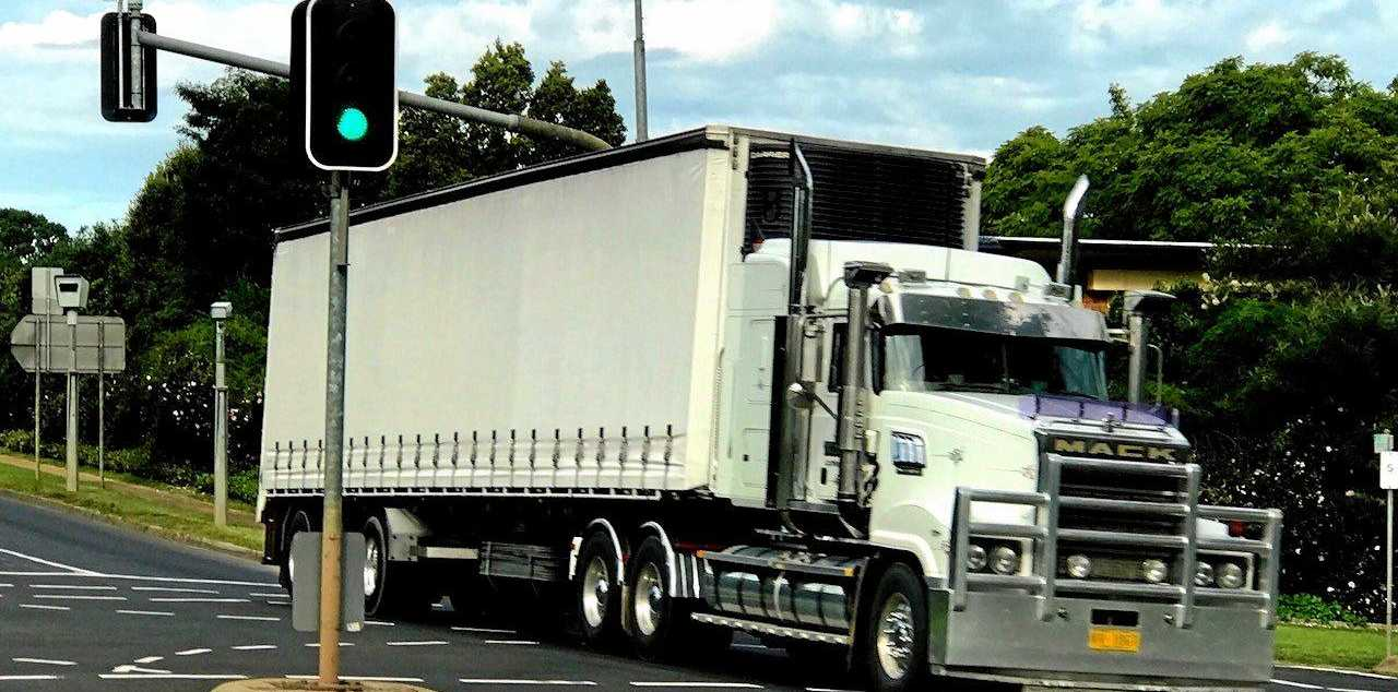 Truck, highway generic , heavy vehicle