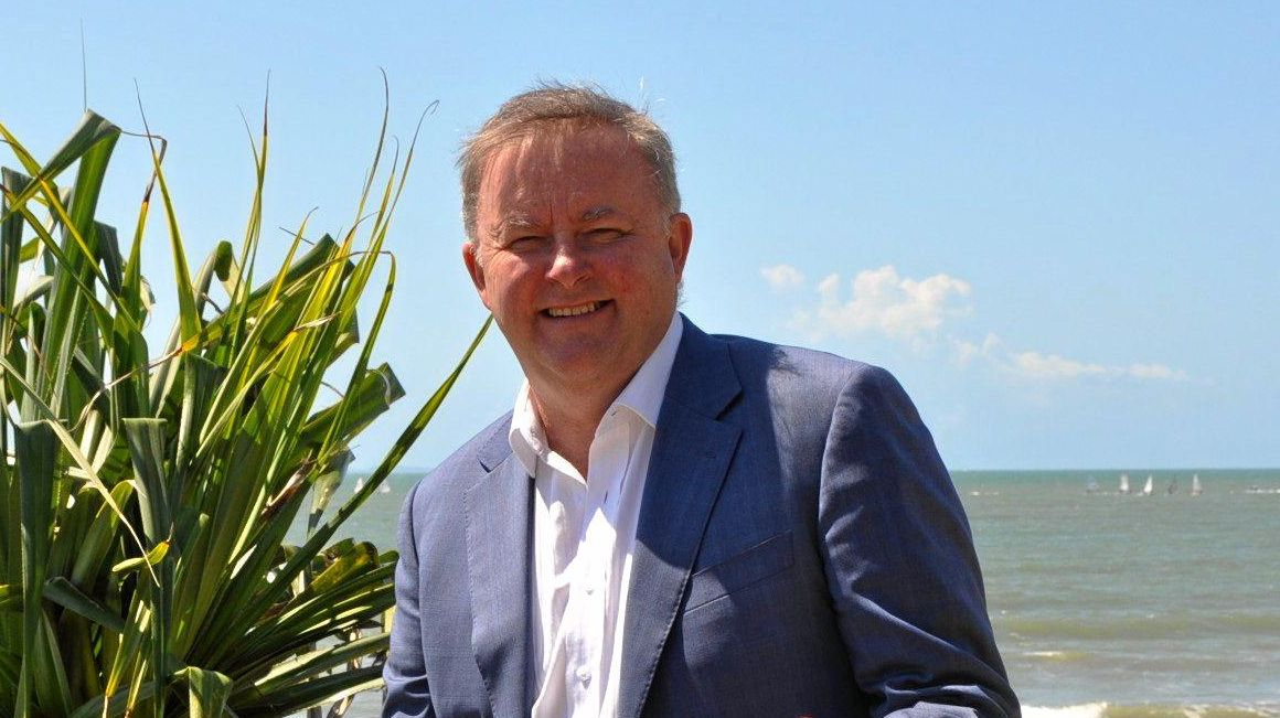 Labor leader Anthony Albanese has called on the government to say what it knows about the raid on journalist Annika Smethurst's home