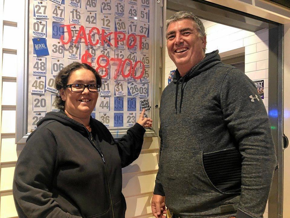 Jackpot winner Natalie Wilson and Royal on 99 owner Justin Garvie.