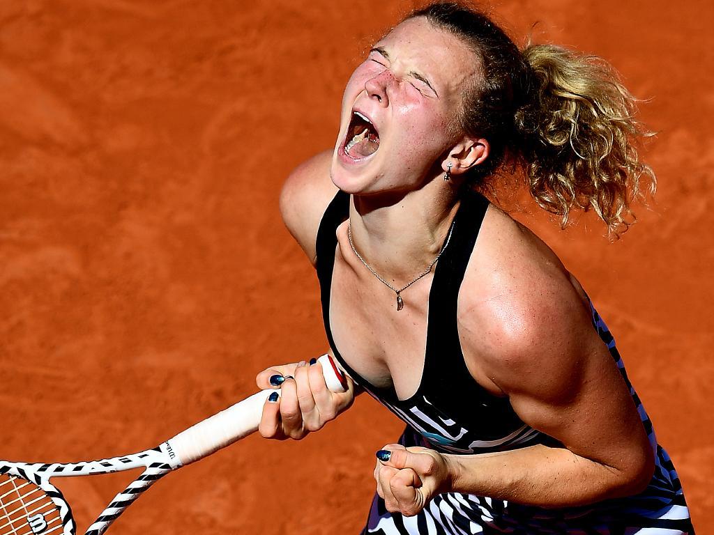Katerina Siniakova celebrates her win over No.1 seed Naomi Osaka.