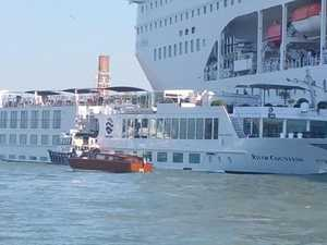 Out of control cruise ship crashes in Venice