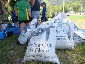 Environmental warriors tackle litter on World Oceans Day