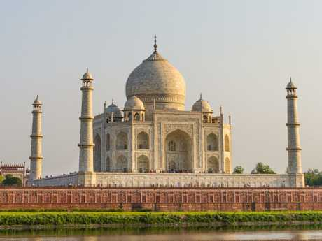 It's one of the world's most beautiful buildings, but the Taj Mahal isn't in great shape.