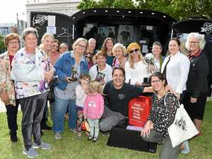 Logie winning actor wows crowd at M'boro Markets