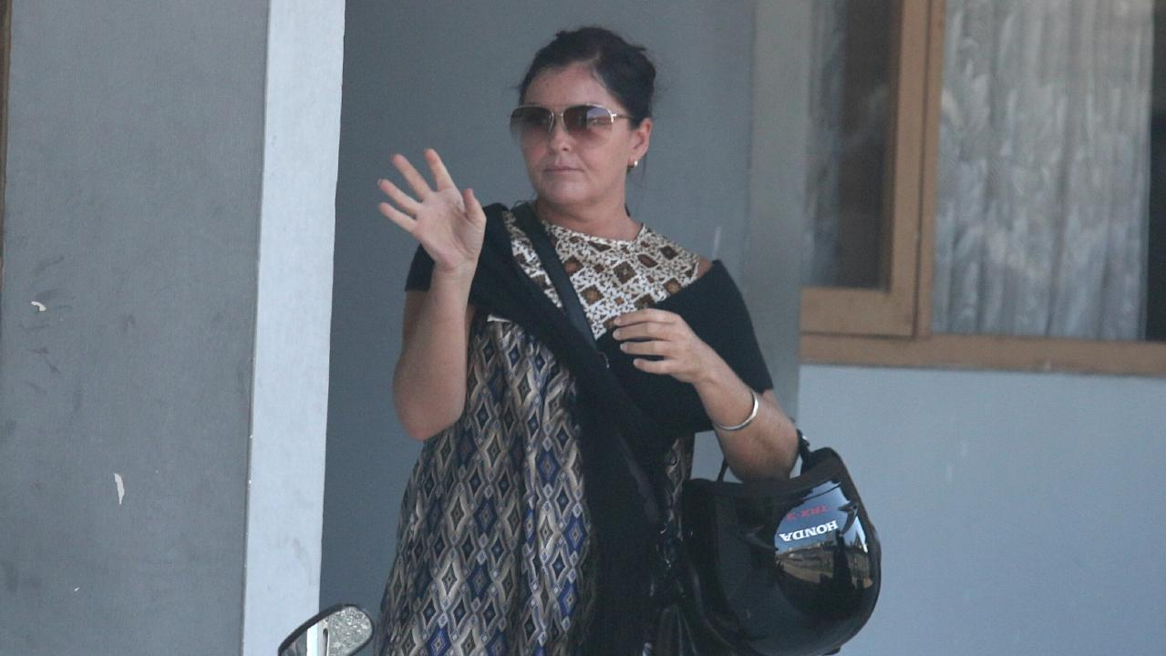 Schapelle Corby's visit to parole board for her monthly report in 2014.