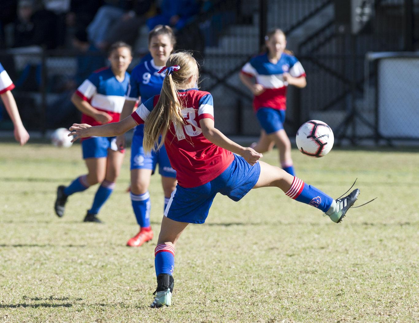 Maddison Teakle has been named in the Queensland 13-15 years schoolgirls football team.
