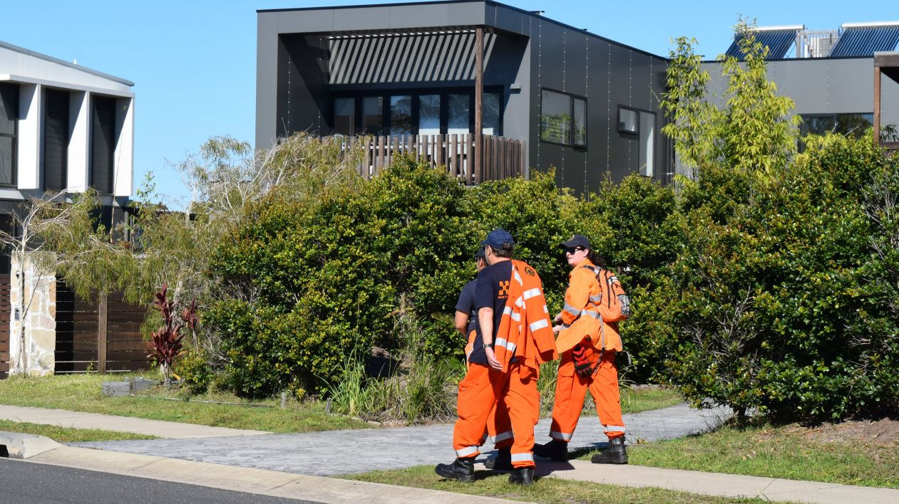 SES crews continue to search for missing Belgian backpacker Theo Hayez in Belongil.