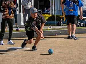 Bowlers continue strong campaign at Aus Open