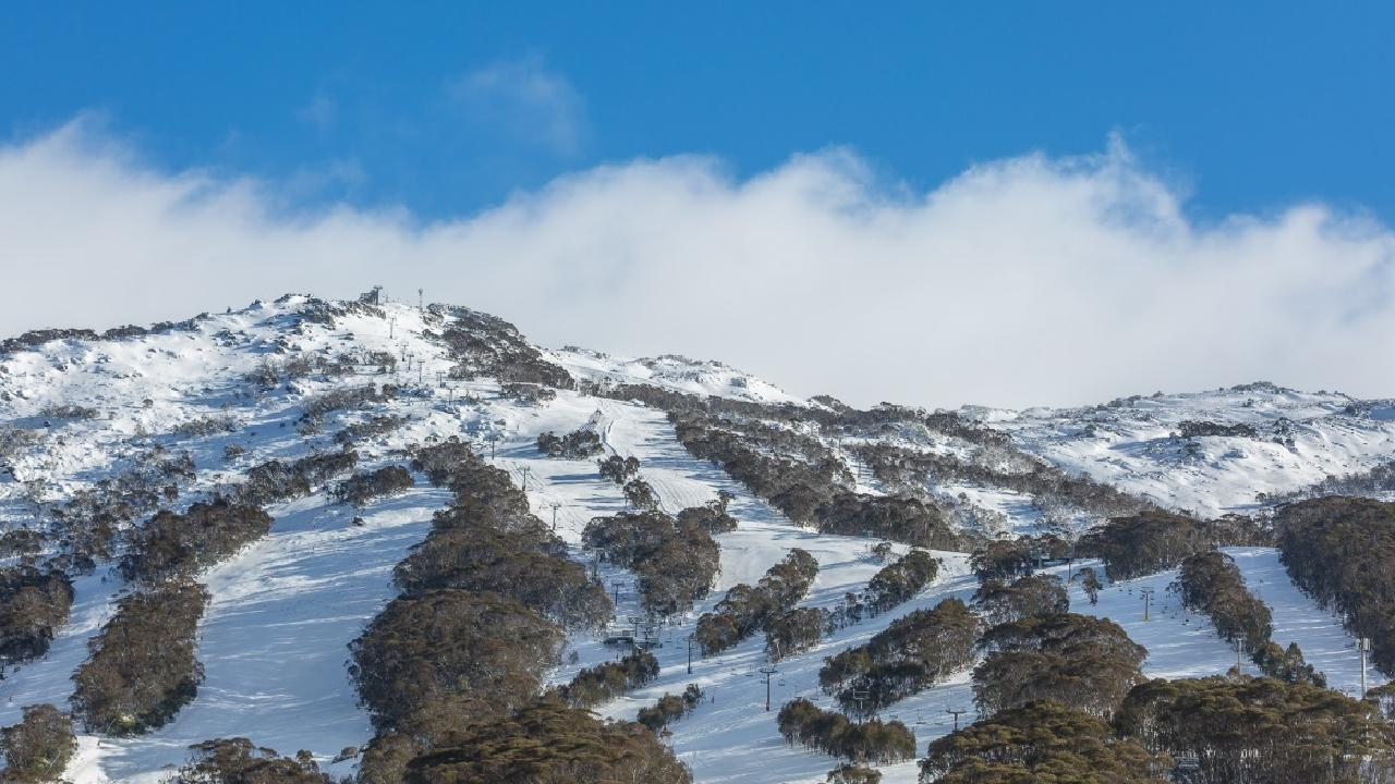 The Victoria and NSW alpine regions are likely to receive little snow this week.