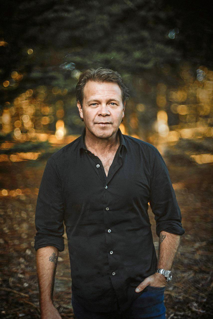 Legend and the Locals headline act Troy Cassar-Daley.
