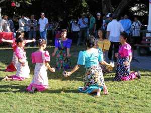 Filipino community celebrates special event