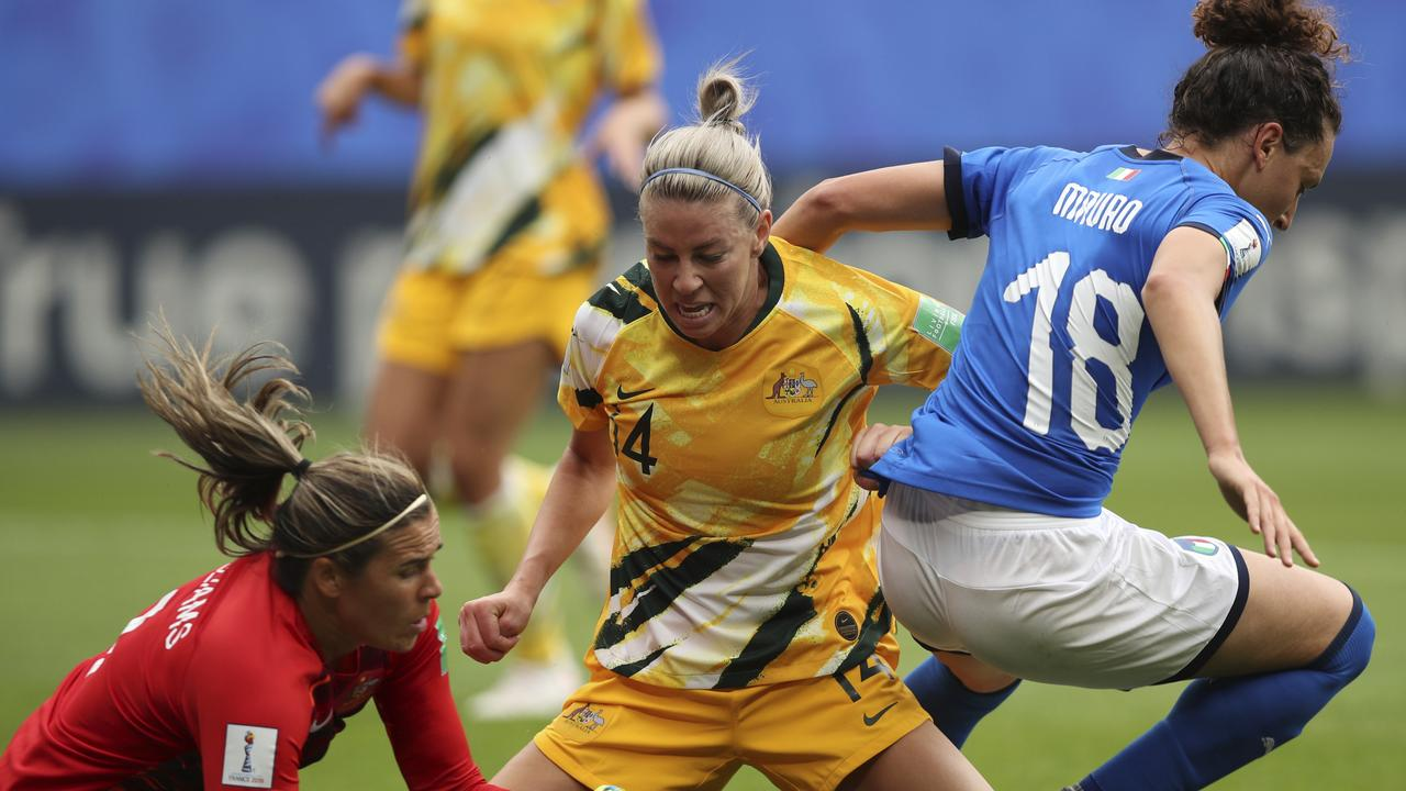 Clare Polkinghorne struggled to get a grip on the Italian attack.