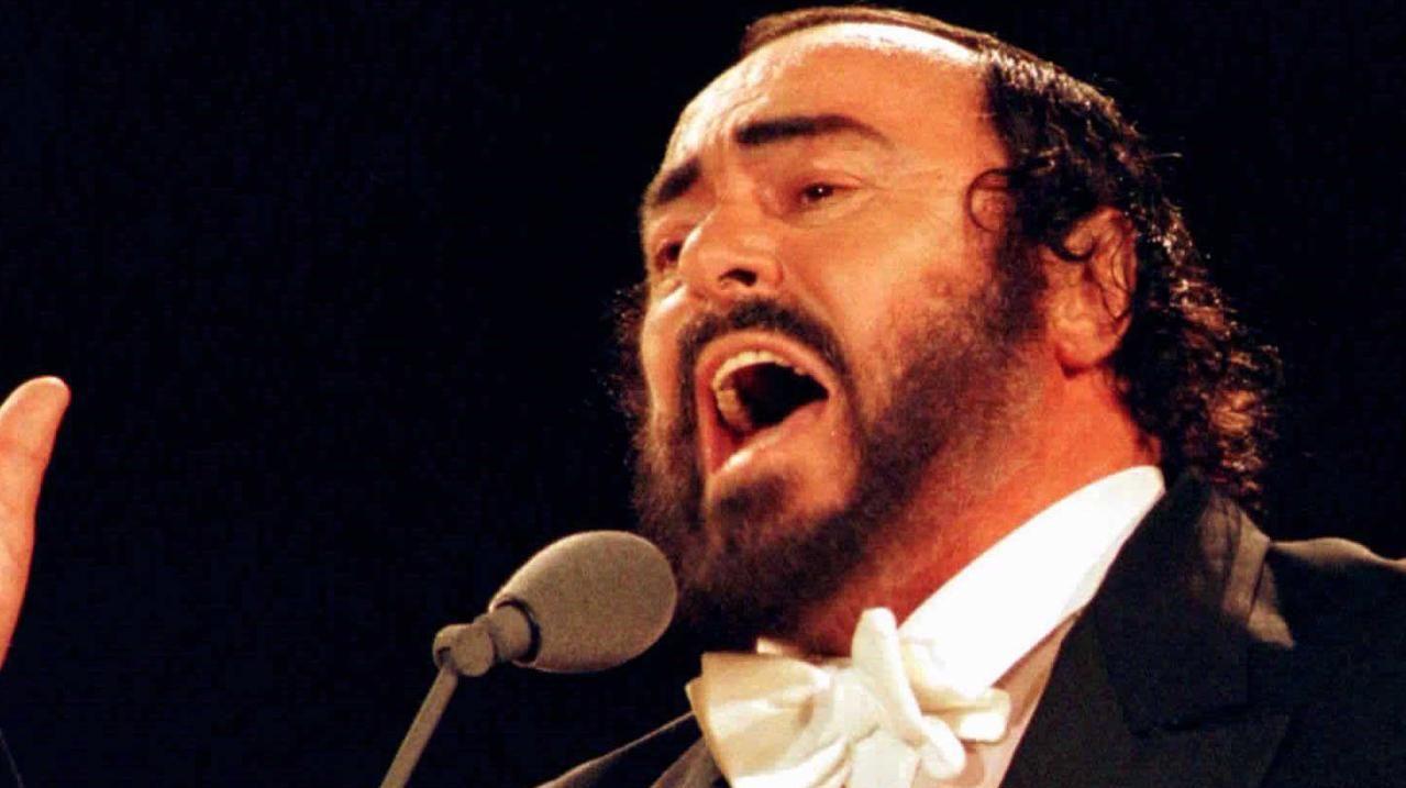 Pavarotti.