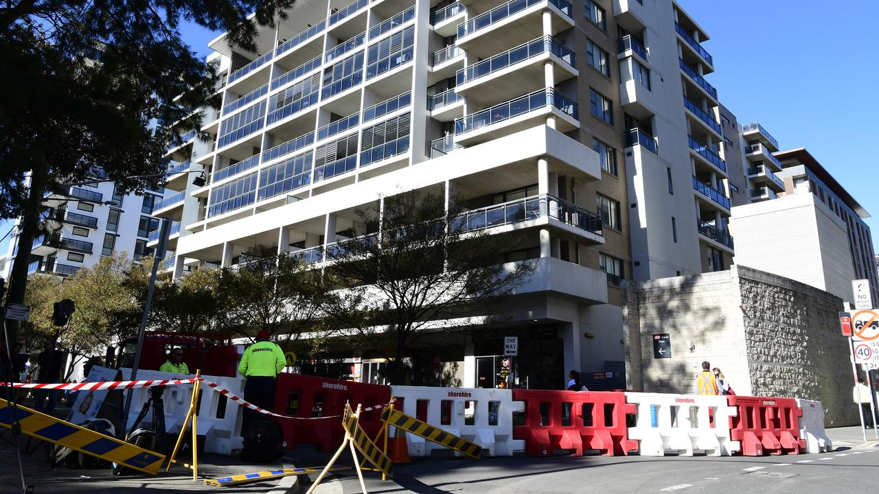 Mass evacuations at Mascot Towers over fears of structural damage. Picture: AAP /Bianca De Marchi