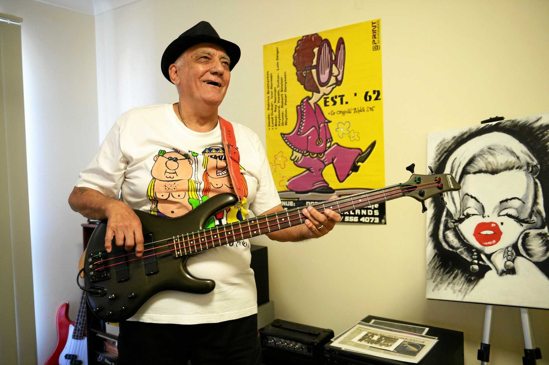 Bass player Ray Norman.