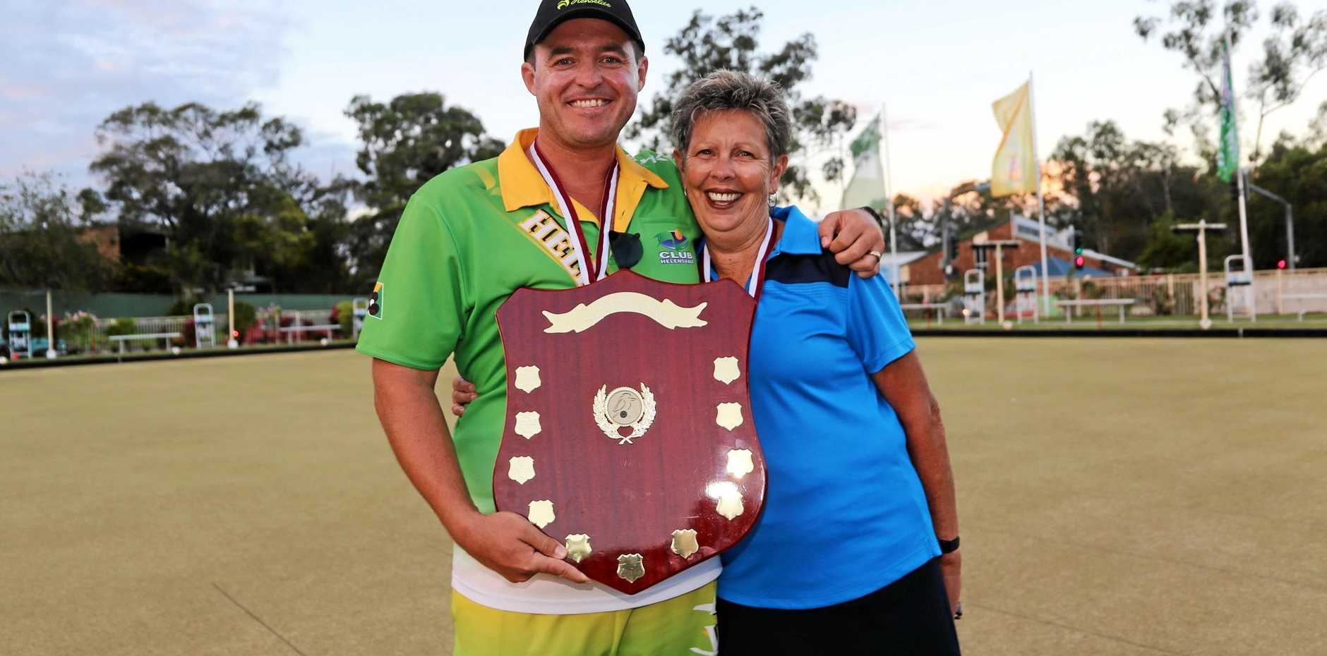 Aron Sherriff and Liz Walton won the Queensland State Mixed Pairs title. Sherrif has just won the Australian Open for a third time.
