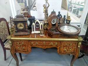 Antiques, collectables to go under hammer at huge auction