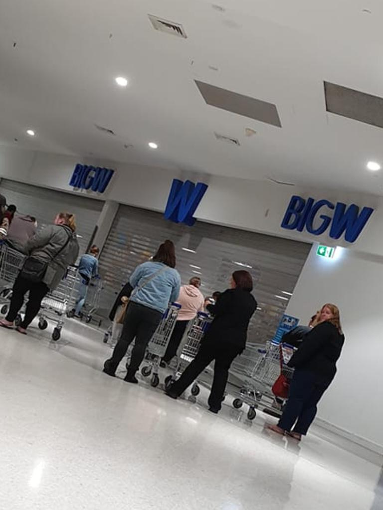 People queue waiting for the shutters to open. Picture: Facebook/BigWFamiliesAustralia