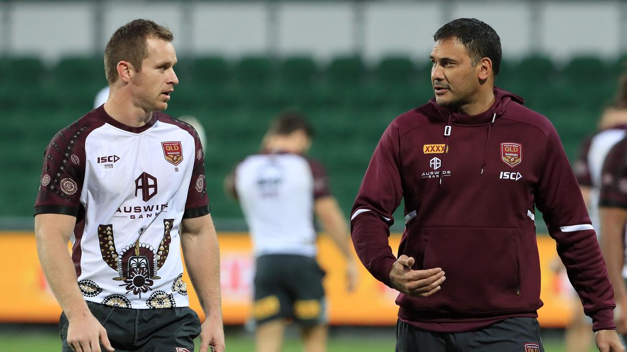 Justin Hodges gives Morgan the inside track on life at centre. Image: Adam Head