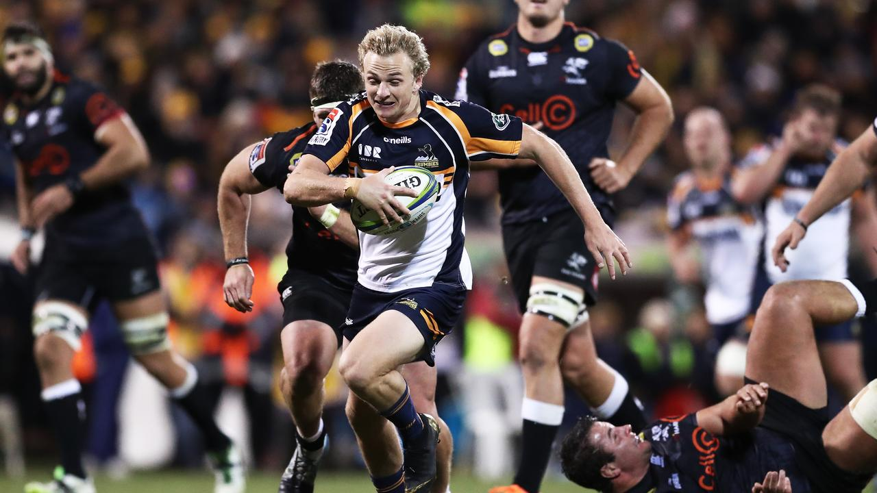 Brumbies halfback Joe Powell scoots through to score. Picture: Getty Images