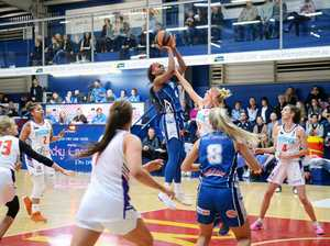 Cyclones, Rockets impress on their home floor