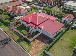 7 Kent St, East Toowoomba