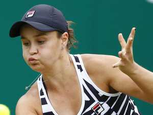 Barty's injury scare on eve of Wimbledon