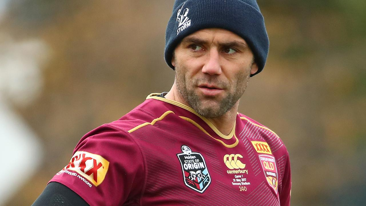 Queensland greats have called on Kevin Walters to send an SOS to Cameron Smith.